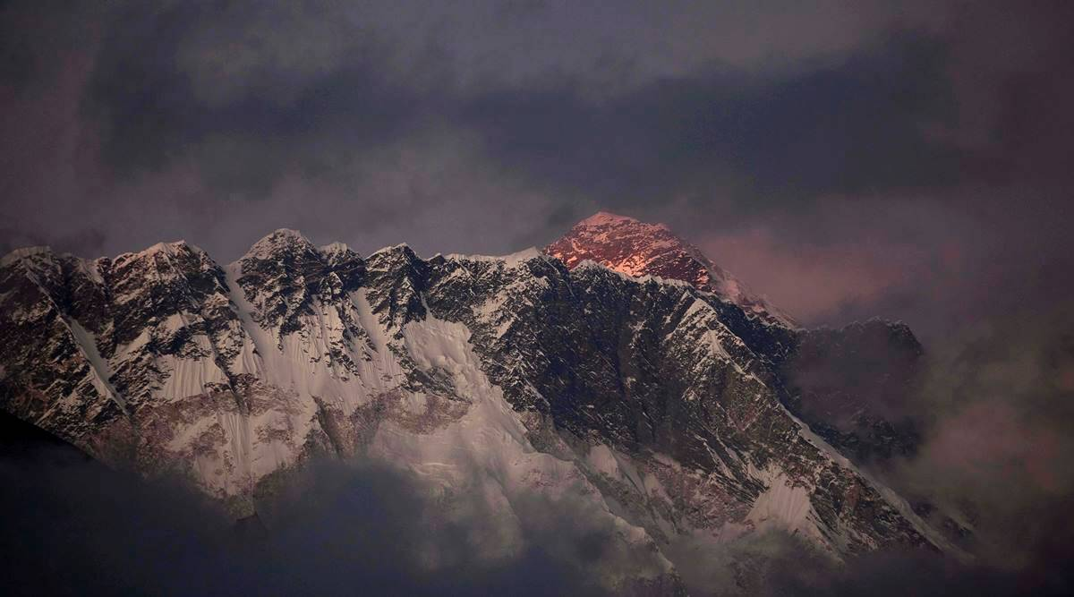 mount everest, mt everest, mount everest climbing season, mt everest climbing season, mt everest risks, mt everest death, nepal news, indian express news
