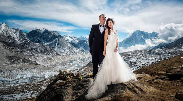This couple's wedding on Mt Everest and its pictures have ...