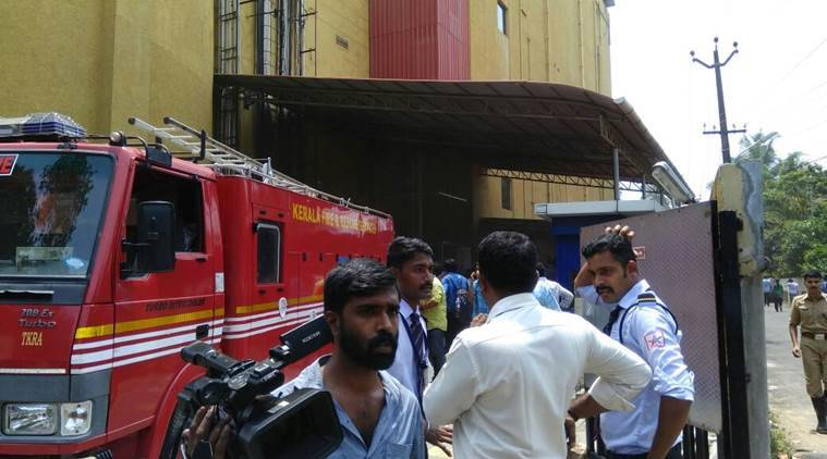 oberon mall, oberon mall fire, fire at oberon mall, oberon fire, kochi mall fire, kochi mall, oberon mall news