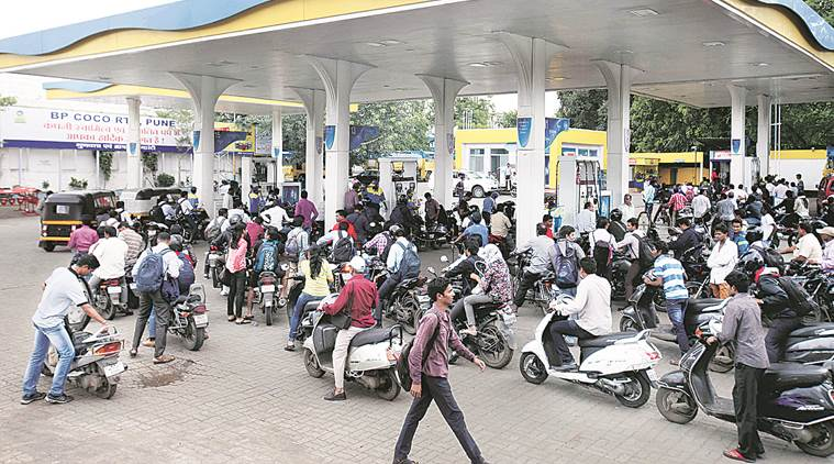 petrol, petrol scam, petrol pump scam, UP petrol scam, pan india, indian express news, india news, pune news