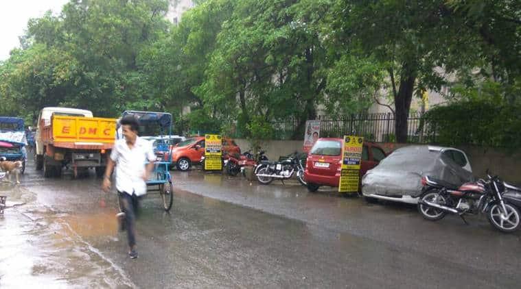 Delhi rainfall, Delhi NCR rainfall, Delhi thunderstorm, delhi weather,