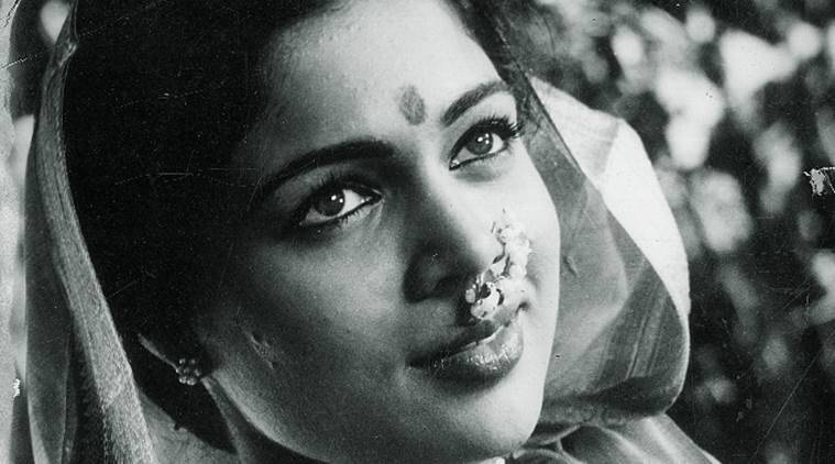 Bollywood star Reema Lagoo dies at 59