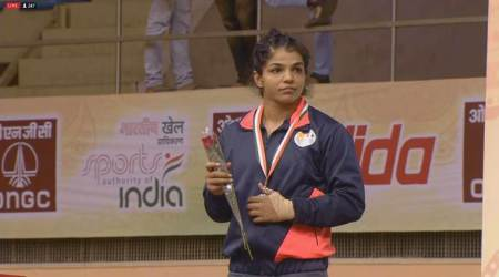 Sakshi Malik, Vinesh Phogat to lead Indian women wrestlers in Asian Games