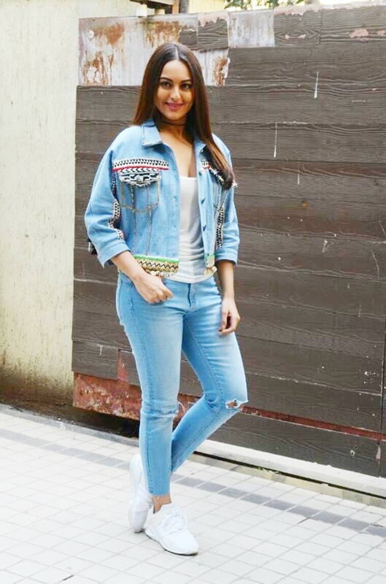 Sunny Leone Or Sonakshi Sinha Who Wore The Boho Chic