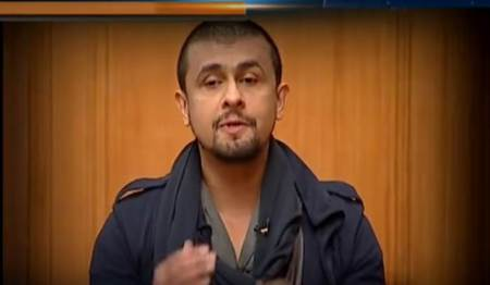Sonu Nigam: Not standing up for National Anthem in cinema halls shows arrogance