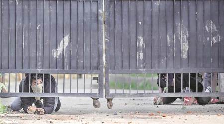 J-K: 27 students injured as they clash with security forces inSopore