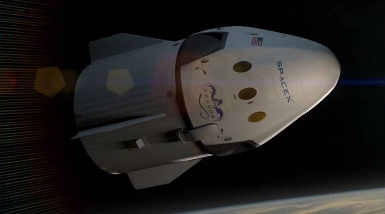 Lightning Delays First Launch of SpaceX's Pre-Flown Dragon Space Capsule