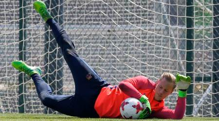 Barcelona to keep goalkeeper Marc-Andre ter Stegen until 2022