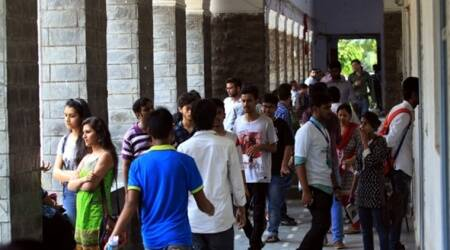French govt sets target of 10 K Indians as foreign students by2020