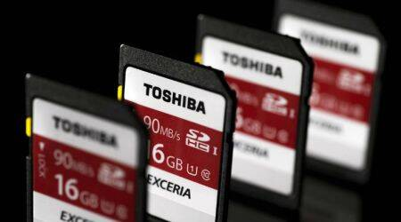 Toshiba may strike back as battle with Western Digital escalates