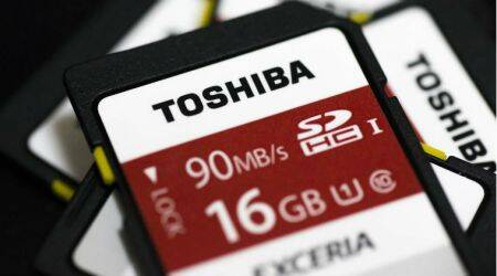 Toshiba warns Western Digital to stop interfering in chip sale