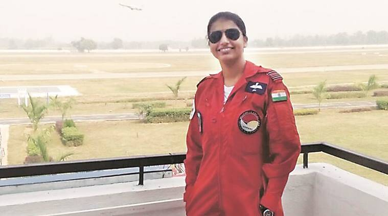 First Wonan pilot in Sarang team, National Defence Academy, Sneha Kulkarni, Sarang team's first Woman pilot, I