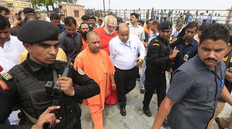 Adityanath offers prayers at makeshift Ram temple,