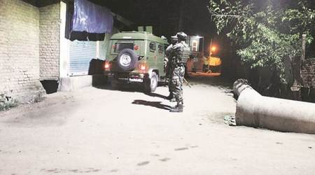 12 security personnel injured in multiple militant attacks in southKashmir
