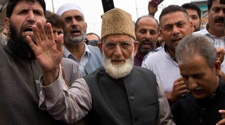J&K separatist leaders barred from seminar at Geelani's house