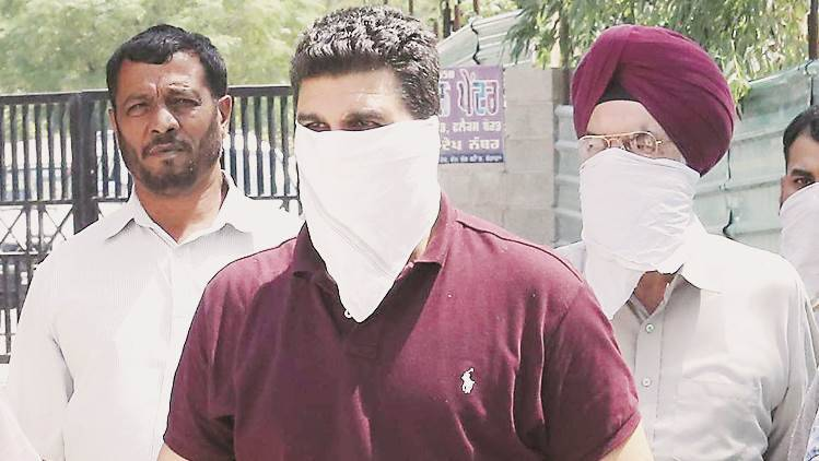 chandigarh, engineer arrest, mohali corruption case, GMADA, mohali engineer, purab apartments, punjab news, indian express