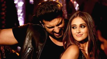 Mubarakan title song : Arjun Kapoor's dance step is a major throwback of another Bollywood song, can you guess which one?