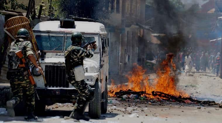jammu kashmir encounter, anantnag encounter, Lashkar-e-Toiba militants, arwani village encounter, indian army, kashmir violence, kashmir news