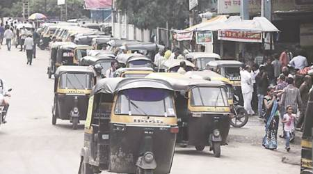 Maha Govt removes '97 restriction, cap on new auto-rickshaw permits goes
