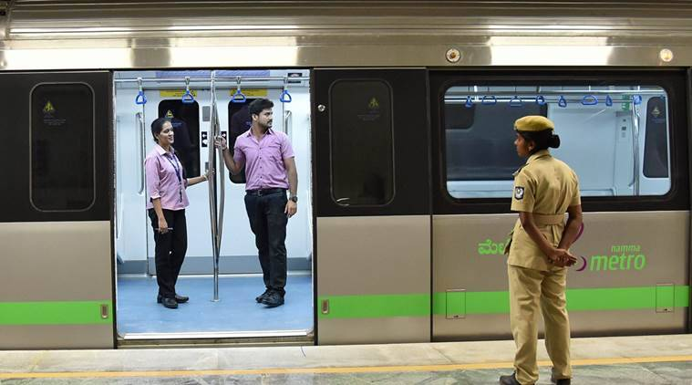 Mukherjee dedicates Bengaluru Metro to nation