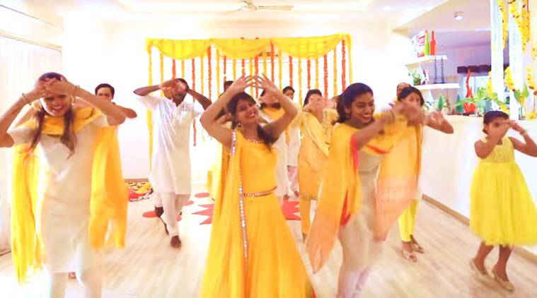 bride dance video, bride nachne de saare, nachne de saare haldi video, one take wedding dance video, one shot video haldi ceremony, bride video, indian express, indian express news