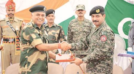 Indian, Pakistani officers hold commanders' meeting