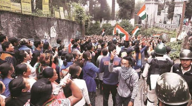 Gorkhaland, Gorkha Janmukti Morcha, GJM, GJM women members, darjeeling, darjeeling violence, india news, indian express
