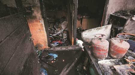 Family killed in Fire, Fire in delhi, Delhi law and order news, Delhi news, latest news, India news, National news,