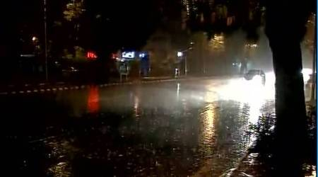 Mercury drops after late night rains, Delhi residents wake up to pleasantmorning