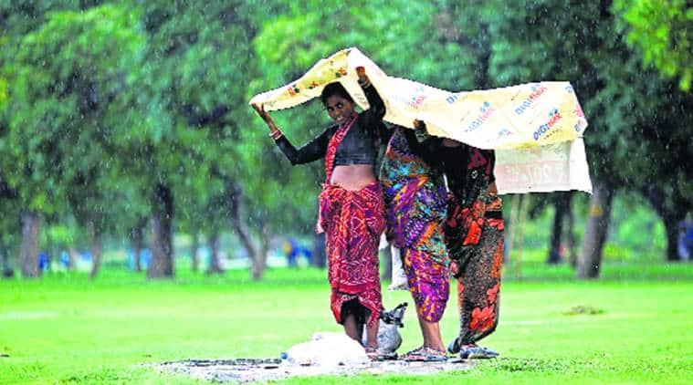delhi monsoon, delhi weather, delhi rains, delhi temperature, monsoon in delhi