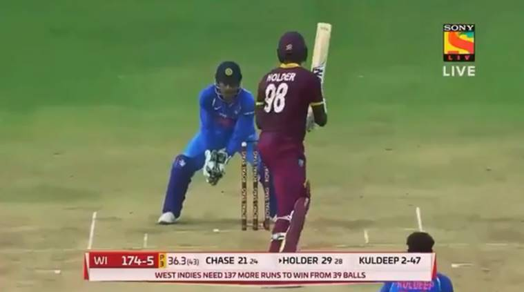 MS Dhoni, Dhoni, Kuldeep Yadav, India vs West Indies, Ind vs WI, Cricket news, Indian Express
