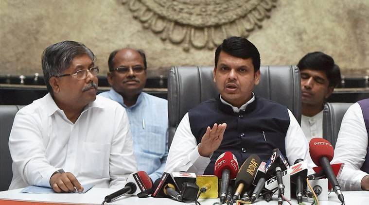 Devendra Fadnavis, Aaaple Sarkar, farm loan waiver, crop loan, maharashtra farmers, agriculture, indian express