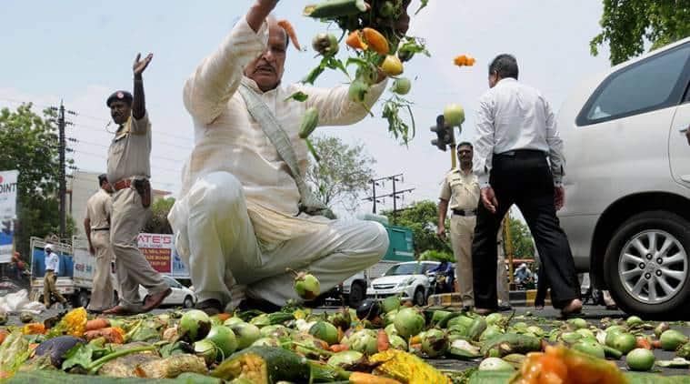 farmers protests, farmers agitation, farm loan waiver, maharashtra, madhya pradesh