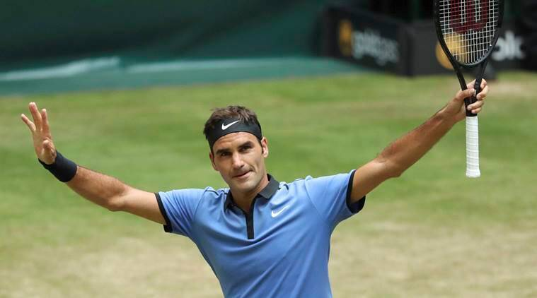 Federer advances to 11th Halle final