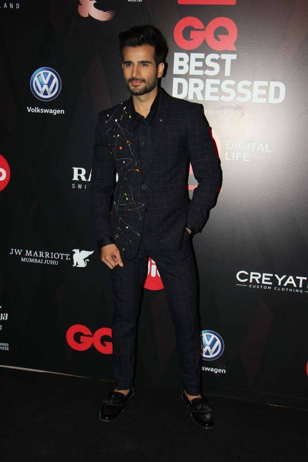 Shraddha Kapoor, Sayani Gupta, Arjun Kapoor, varun dhawan, GQ Best Dressed 2017 red carpet, celeb style, bollywood fashion, indian express, indian express news