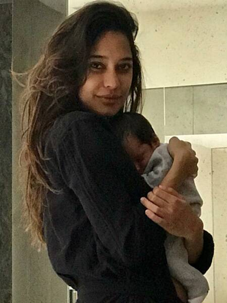 lisa haydon, lisa haydon son, lisa haydon son photo
