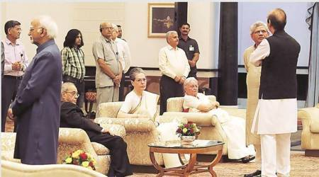 Central ministers give Rashtrapati Bhavan Iftar a miss