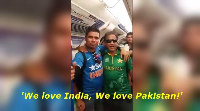 india pakistan, india pakistan video, india pakistan match, india pakistan cricket fans, india pakistan viral videos, india pakistan friendship viral video, indian express, indian express news