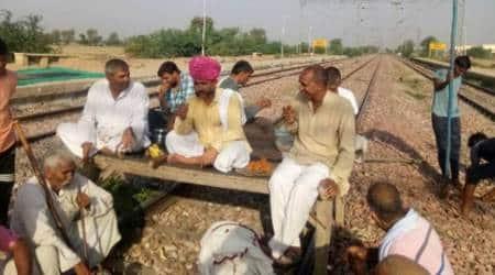 Jat quota stir: protesters block tracks, 80 trainshit