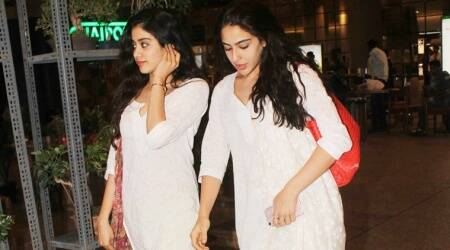 When Jhanvi Kapoor and Sara Ali Khan twinned with the same white kurta