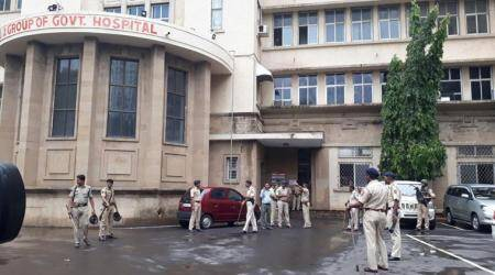 Case against J J Hospital dean Lahane: Complainant declared hostile