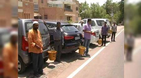 Swachh Bharat mission: Jodhpur residents are attaching dustbins to cars to tacklelittering