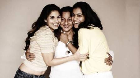Kajol, Tanuja and Tanishaa Mukerji's hug sandwich will make you miss your family, see photo