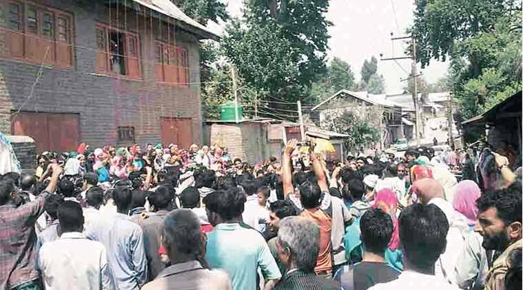 Kashmiri Pandits, NCM chief Gayorul Hasan Rizvi, Kashmiri Pandits minority status, India News, Indian Express, Indian Express News