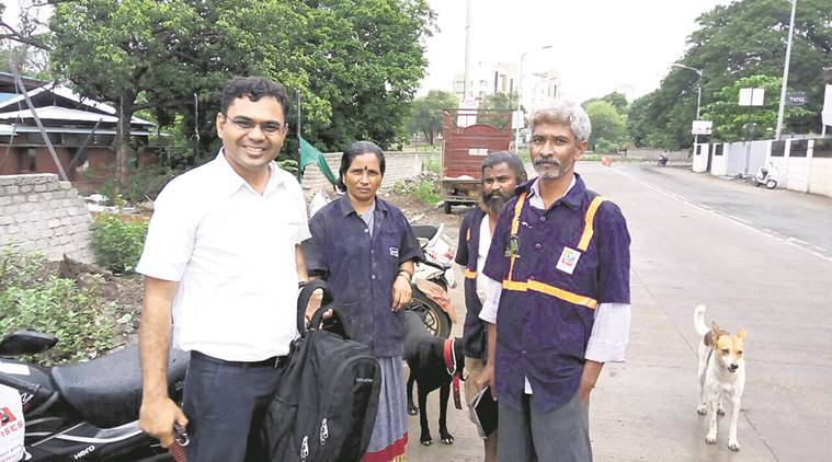 Maharashtra news, waste picker finds laptop returns to owner, India news, National news, Gajanan Wadulkar, India news, National news, latest news, India news,