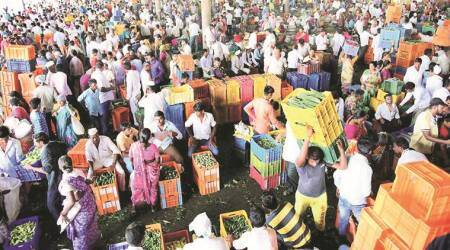 Maharashtra: All eyes on today's farmers meet in Nashik, supplies get steady