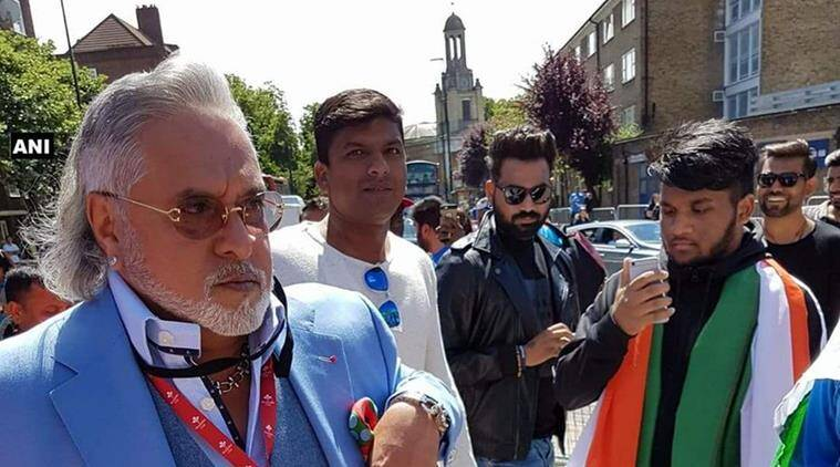 Mallya booed outside The Oval with shouts of 'chor, chor'