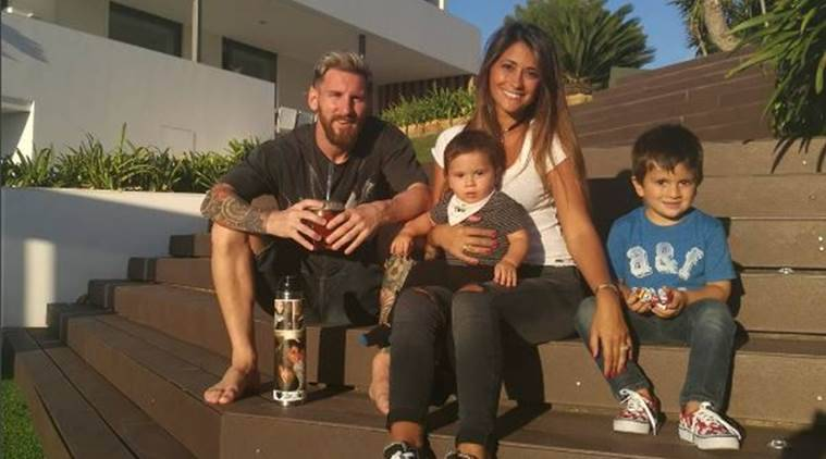 lionel messi, messi, Antonella Roccuzzo, messi wedding, Lionel messi wedding, barcelona, argentina, football, sports news, indian express