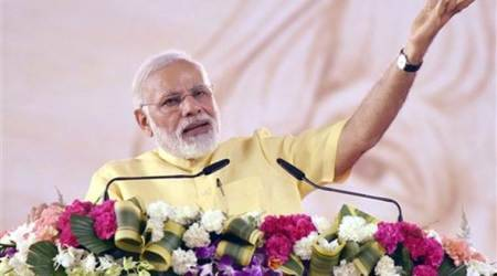 UP Governor Ram Naik, Uttar Pradesh Chief Minister Yogi Adityanath, Yogi Adityanath, PM Narendra Modi, Prime Minister Narendra Modi, Modi Flowers, Narendra Modi Flowers, India News, Indian Express, Indian Express News