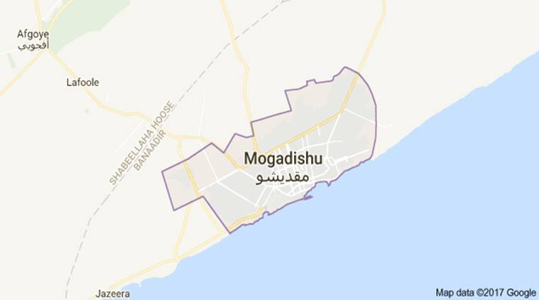 17 reported dead in Somalia restaurant attack